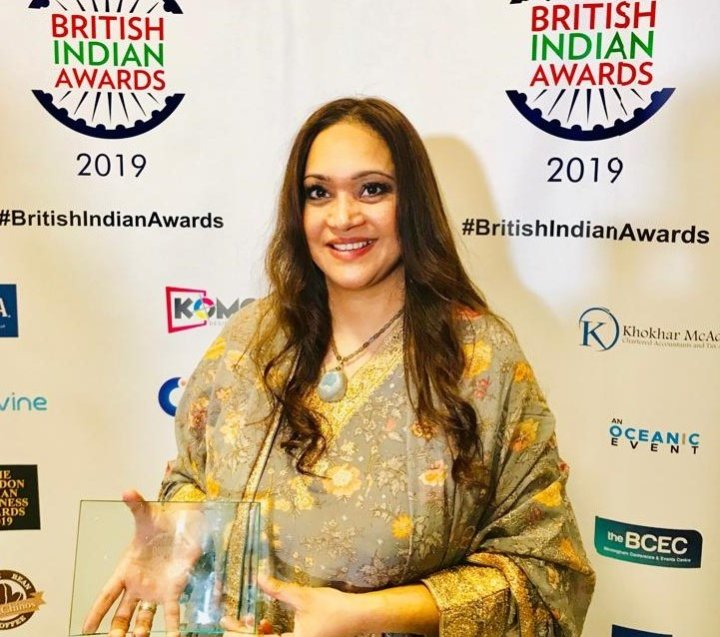 Anishya with Businesswoman of the Year Award 2019